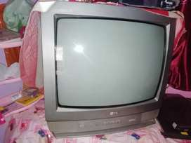 LG CINEPLUS TV RATE AT VERY GOOD CONDITION