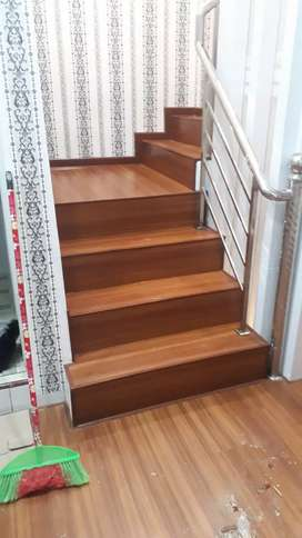 Tangga lantai kayu & wallpaper projek titi papan