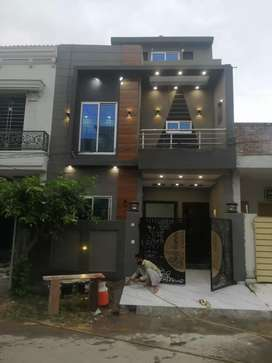 3 marla double story  house for sale in Aljalil Garden Lahore