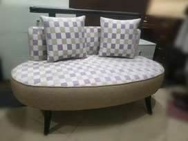 Oval settee wooden