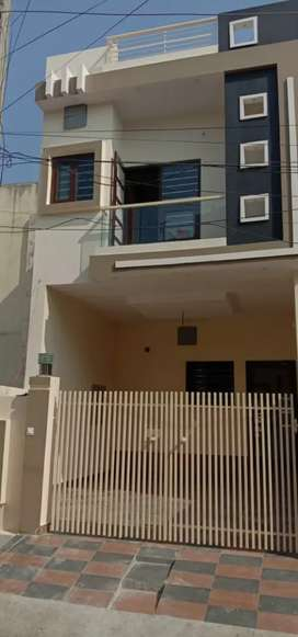 3+1 BHK 100 GAJ FULL FURNISHED WITH 2 CAR PARK KOTHI IN ANAND NAGAR A