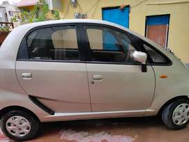 very few km running in very good condition with ac . mileage 26+,