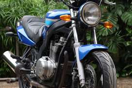 Suzuki GS500 2004 heavy bike