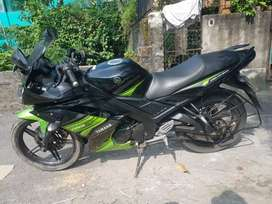 Urgently want to sell my r15 s