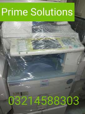 Wide media versatility The MP 2550/MP 2550B Photocopier for Print scan