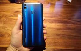 Honor 8c 3gb ram 32 memory
