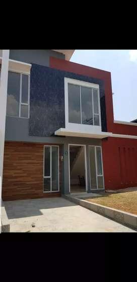 Rumah baru,hook tingkat dan luas di sewakan muarah