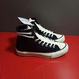 Sepatu Converse Hi Essentials Black, Vans, dan sepatu lainnya