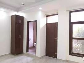 2bhk  brand new  flat available for rent in saket