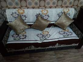 3years old 5 seater sofa