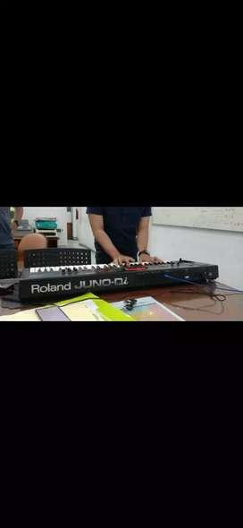 Roland Juno Di.