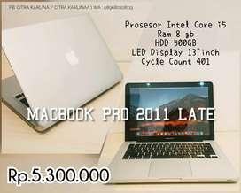 Zona Komputer | Macbook Pro 2011 Late core i5 ram 8gb siap pakai!