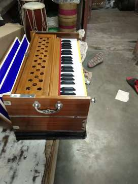 Best Quality Harmonium  amazing sound quality & proper tuning in offee