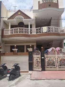 75 lakhs(negotiable) 3 story well kept kothi 7.25 marla- gated society