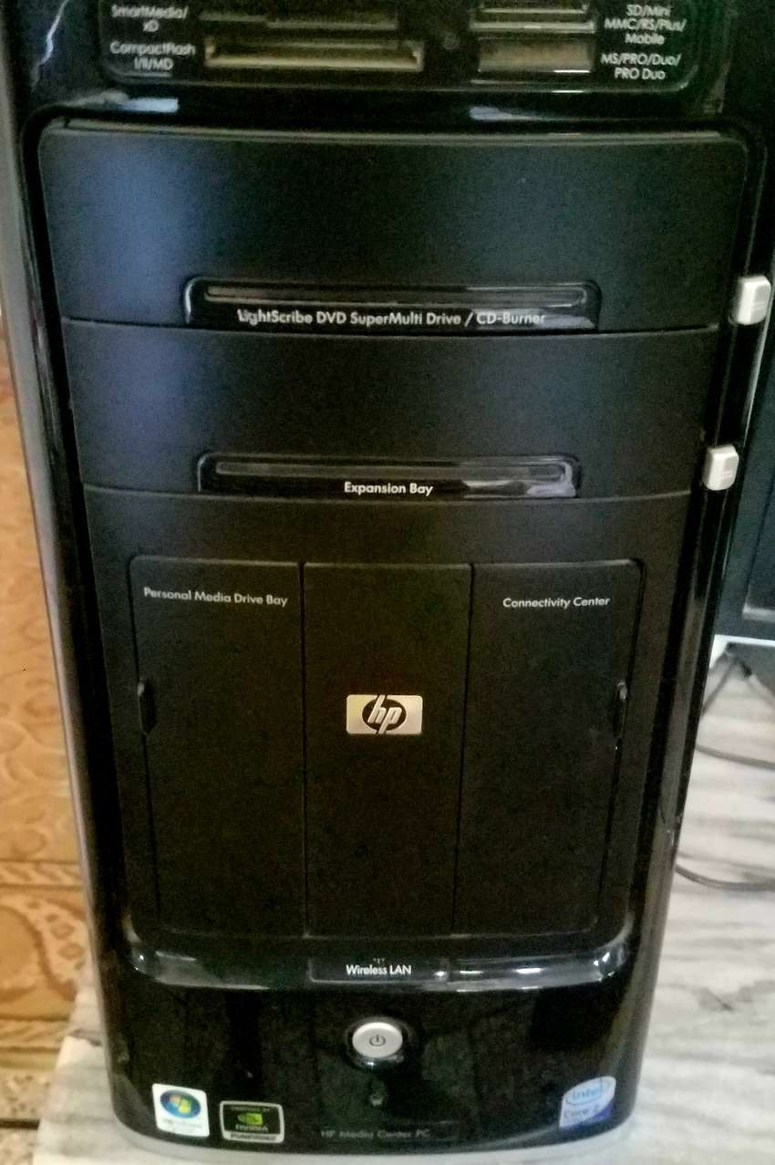 Complete PC mint condition only 1 month used prices can be negotiable 0