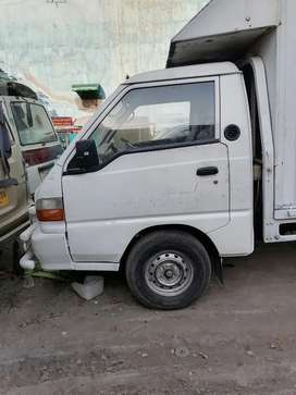 Hyundai shahzore for sale in good condition. Lahore thokar niaz baig.