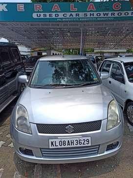 Maruti Suzuki Swift 2004-2010 1.3 VXi, 2005, Petrol