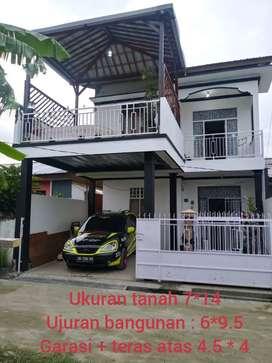 Jual rumah lantai 2