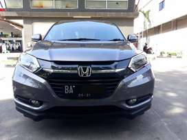Hrv s matic 2016. 1 tangan dari baru. Good condition