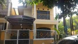DISEWAKAN Rumah 2 Lantai Surabaya Barat (dekat Royal Residence)