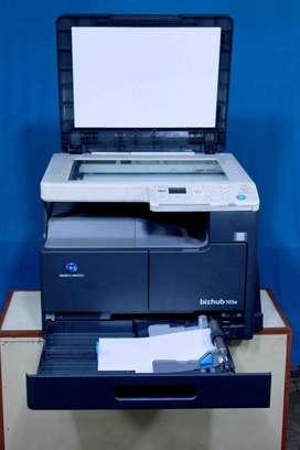 K0nica Minolta bizhub 165e Photo Soppier Machine
