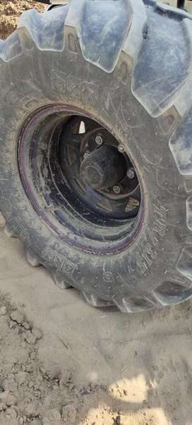 Tractor Front Big Tyres