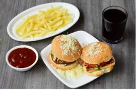 Need Italian chef for pizza and burger, fast food