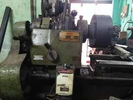 Lathe machine 4½   30000rs