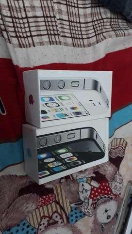 I phone 4s with full kit
