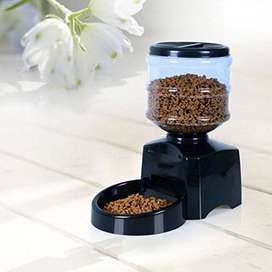 Amzdeal Automatic Digital Pet Feeder with Voice Recording - 5.5L