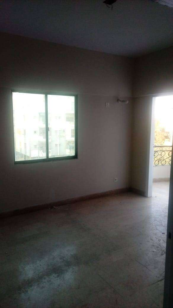 Very Affordable Flat Corner Road Facing 800 Sq Fts 2 BED Lounge Lease 0