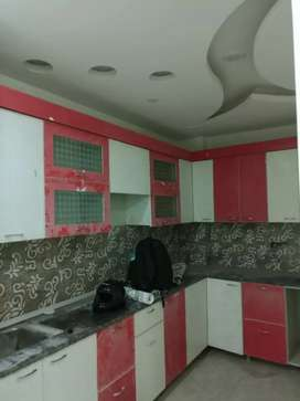 2bhk ready to move floor located in rama park