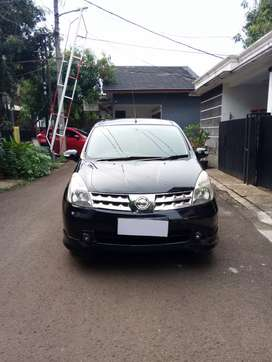 Nissan grand livina HWS 2010 mt