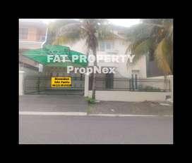 Dijual/disewakan rumah di Puri Indah blok H,LT 327m2 LB 500m2, 4BR+1,S