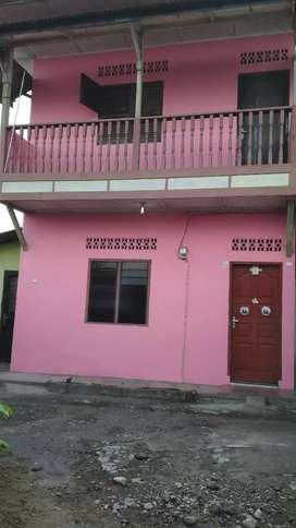 Rumah dikontrakkan dua lantai