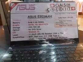 Laptop asus E203MAH  intel celeron N4000