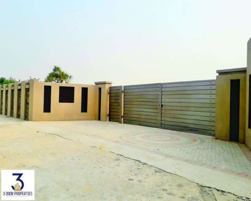 8-Kanal Luxury Farm House is for Sale at Barki Road Lahore 0