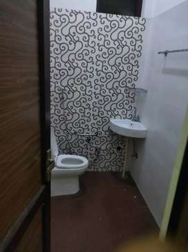 Pg for girl at near ferozgandhi market furnished roo