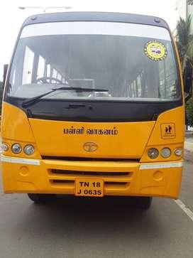 2011 model school bus