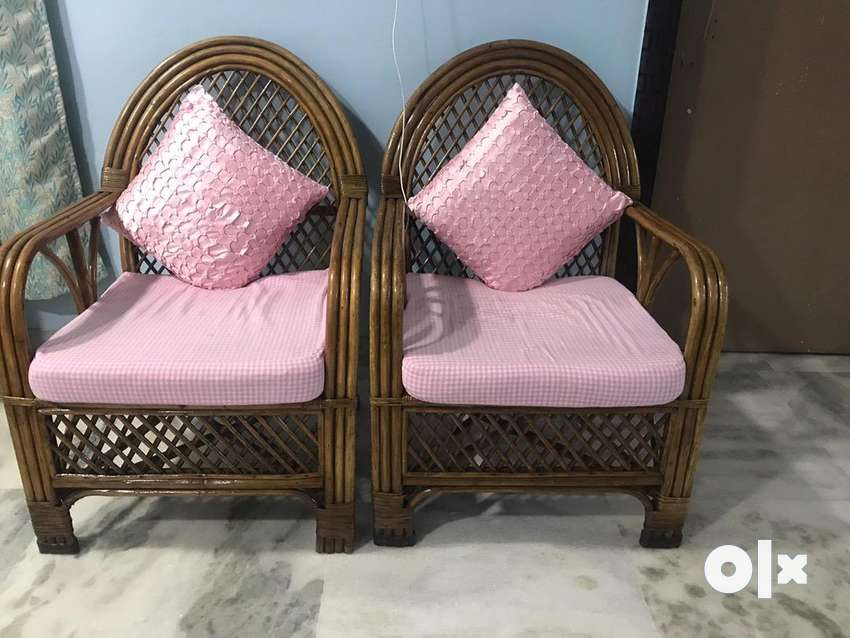 Sofa Set (3+2 seater ) + Centre Table 0