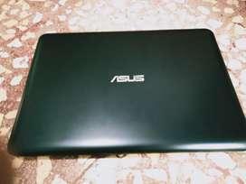 laptop ASUS E402Y baru 5 bulan pakai kondisi bagus