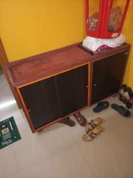 Wooden Shoe self