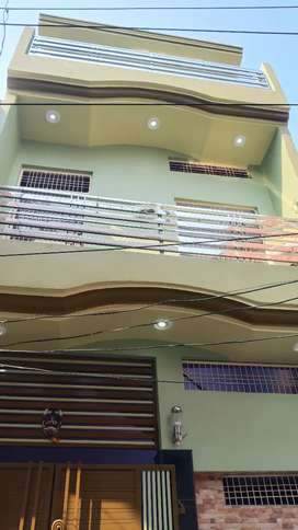 2 BHK flat well furnished falts available on rent (for family only)