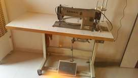 Luoke automatic industrial sewing machine ,speed 4000-5000 age-2yrs