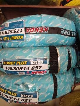 Radial tubeless tyres
