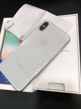 iPhone X - 64 GB - silver - full kit - 100% condition -with warranty a