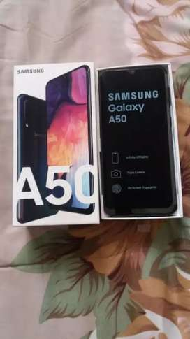 Excellent conditions samsung a50 black 8 months old