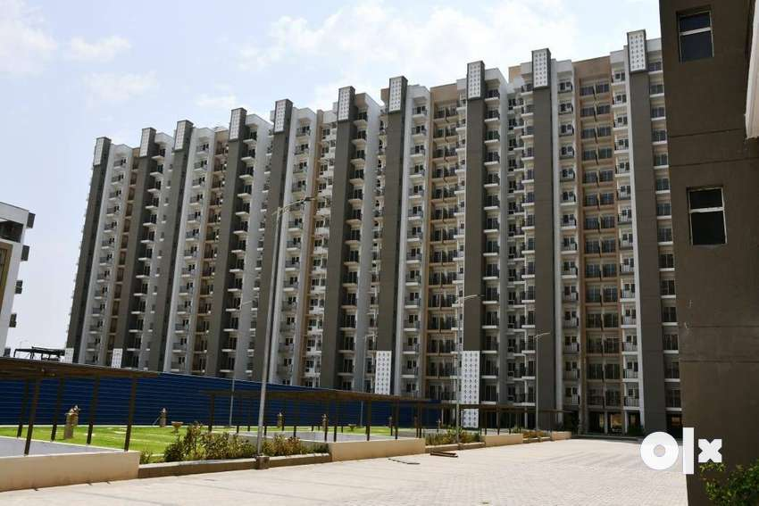 *Only % 2BHK % Sale in best price located In GR.NOIDA West.* 0