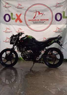 Cb 150 R hitam 2014