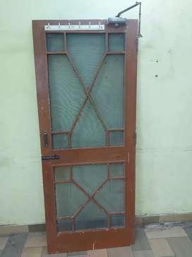 Wooden door in jaali